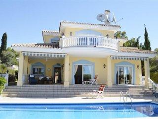 Belle villa vue mer avec Piscine - Benalmadena vacation rentals