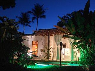 Casa de Temporada em Arraial D´Ajuda centro e 400m do Mar - Arraial d'Ajuda vacation rentals