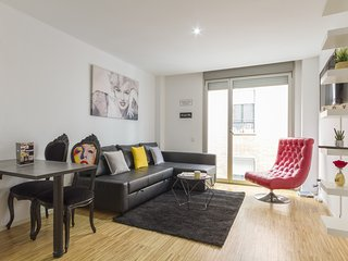 7rooms7 Gran Via Star II - Madrid vacation rentals
