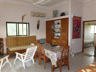 Villa entiere 2 chambres, à bord de mer à Grand Popo au Benin - Grand Popo vacation rentals