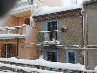 Cozy 2 bedroom Nuoro House with Internet Access - Nuoro vacation rentals
