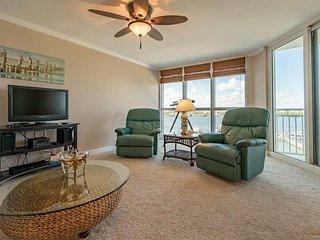 SeaSpray Perdido Key Condo #513 ~ Beautiful 2 Bedroom Condo on Ole River - Perdido Key vacation rentals