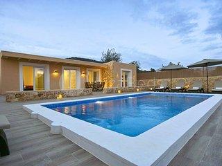Comfortable 3 bedroom Villa in Es Cubells - Es Cubells vacation rentals