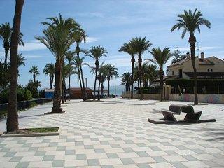 2 Bedroom Apartment a short walk to beautiful Playa Los Narejos - Los Alcazares vacation rentals