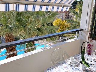 Bord de mer, piscine, parking, 4 pers. - Saint Raphaël vacation rentals