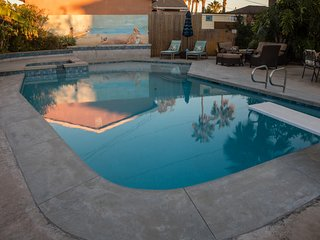 Cheerful house with pool, close to beach and bay! - Pacific Beach vacation rentals