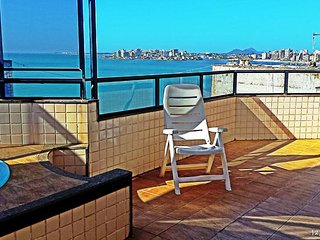 COBERTURA com piscina e churrasqueira - Guarapari vacation rentals