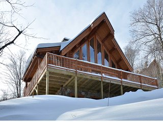 Bright 4 bedroom Chalet in Saint Faustin - Saint Faustin vacation rentals
