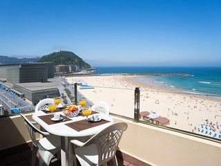 Zurriola Beach Atic - Iberorent Apartments - San Sebastian - Donostia vacation rentals