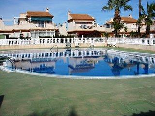 3 Bed Quad Villa / A/C / Communal Pool - Playa Flamenca 131 - Playas de Orihuela vacation rentals