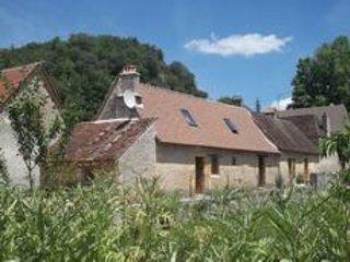 Périgord Noir entre Lascaux et Les Eyzies : Le Gîte du Lavoir - Peyzac-le-Moustier vacation rentals