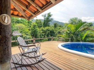 Suite com piscina nas montanhas de Ilhabela - Ilhabela vacation rentals