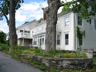 1859 Historic Mansion Retreat, Reunions, USMA. New Hot Tub, Close to NYC - Monroe vacation rentals