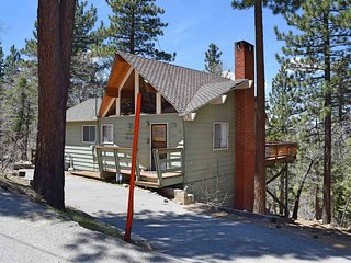 Cozy 3 bedroom Cabin in Big Bear Lake with Internet Access - Big Bear Lake vacation rentals