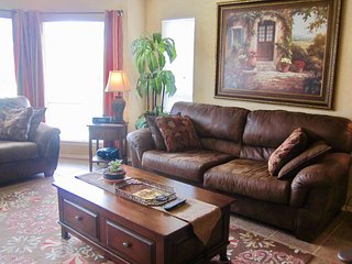 The Riviera - 2BDR/2BTH Condo on the Guadalupe River! - New Braunfels vacation rentals
