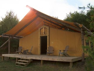 Nice Tented camp with A/C and Parking - Dover vacation rentals