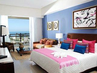 GORGEOUS LIVING at GRAND MAYAN Studio Los Cabos MarGan - San Jose Del Cabo vacation rentals