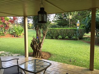 SUMMER SPECIAL ALII HALE :  CHARMING LARGE GOLF COURSE UNIT - Princeville vacation rentals