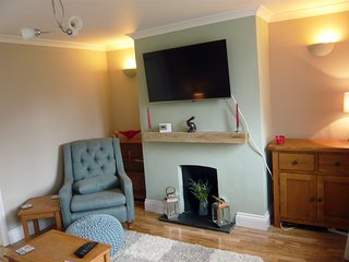 Cosy 18th Century 2 bed cottage in historic Godstone village - Godstone vacation rentals