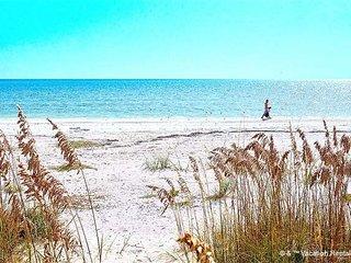 "Casa Bella ""B"" - 1 Bed / 1 Bath Condo - Sleeps 4 - STEPS TO THE BEACH - Fort Myers Beach vacation rentals"