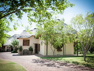 Charming Bed and Breakfast in Midrand with Balcony, sleeps 10 - Midrand vacation rentals