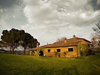 Charming 4 bedroom Vacation Rental in Montaione - Montaione vacation rentals