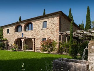 6 bedroom House with Private Outdoor Pool in Arezzo - Arezzo vacation rentals