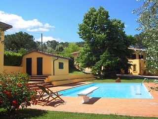 7 bedroom House with Private Outdoor Pool in Poggibonsi - Poggibonsi vacation rentals