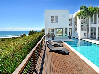 Bright House with A/C and Garage - Marcus Beach vacation rentals
