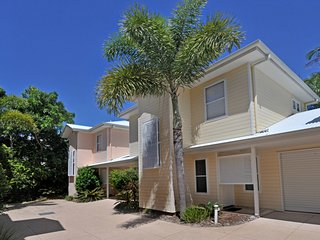2 bedroom House with A/C in Sunshine Beach - Sunshine Beach vacation rentals