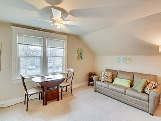 Upstairs loft near Hyde Park & Camel's Back Park!  Now w/ 4 shared bikes! - Boise vacation rentals