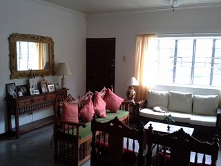 4BR house w pool and garden/ quite +safe, central location - Paranaque vacation rentals
