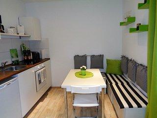 4 bedroom House with Deck in Duisburg - Duisburg vacation rentals