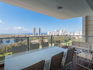 Apartment by the water with sea view - Netanya vacation rentals
