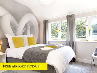 HELLOYELLOW! DESIGN HOUSE*2bd2bth*CLEAN*SAFE*3 FLOORS! - London vacation rentals