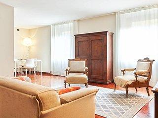 Corte Sgarzerie - two bedrooms apartment - Verona vacation rentals