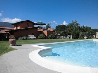 Nice Condo with Internet Access and Central Heating - Pieve Fosciana vacation rentals