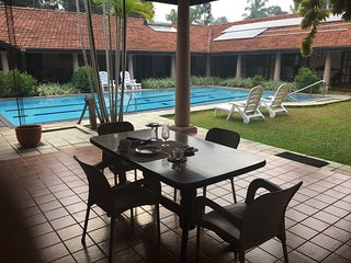 Bright 5 bedroom Villa in Negombo with Internet Access - Negombo vacation rentals