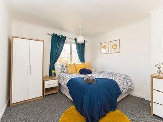 Bright 2 bedroom House in Hamilton - Hamilton vacation rentals