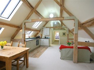 The Pigeon Pad, Little Somerford.  Fabulous new cottage !!! - Little Somerford vacation rentals