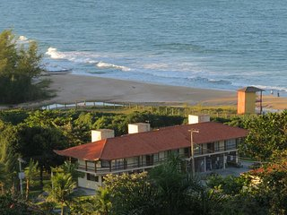Cozy 2 bedroom Apartment in Garopaba with Internet Access - Garopaba vacation rentals