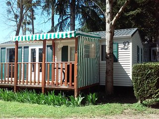 Nice Caravan/mobile home with Shared Outdoor Pool and Children's Pool - Trogues vacation rentals
