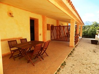 Beautiful Apartment with Television and Satellite Or Cable TV - Cala Gonone vacation rentals