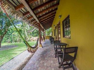 Nice Resort with Internet Access and A/C - Santa Catalina vacation rentals