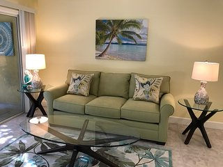 APRIL Availability! New! Walk to Siesta Key - Siesta Key vacation rentals
