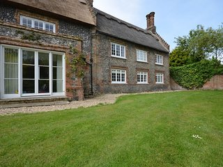 2 bedroom House with Internet Access in Thorpe Market - Thorpe Market vacation rentals