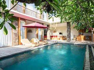 Affordable 2bdrs Villa In Seminyak - Villa Ruandra - Seminyak vacation rentals