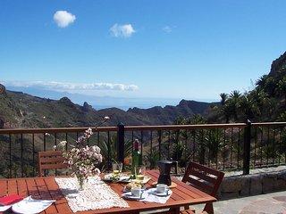 House - wonderful moutain view - Santa Cruz de Tenerife vacation rentals