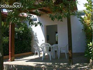 Comod bilocale in Masseria con ingresso libero ( CODICE 415) - Acquarica del Capo vacation rentals