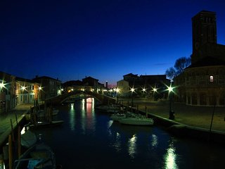 2 bedroom House with Internet Access in Murano - Murano vacation rentals